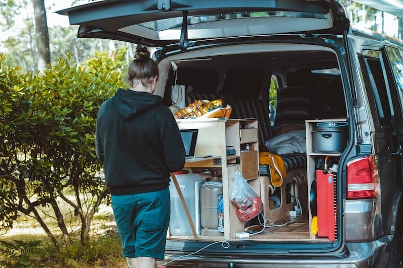 Caravan with DC to DC Battery Charger